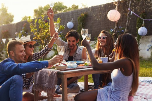soirée entre amis rosé de l'été tracing caisse